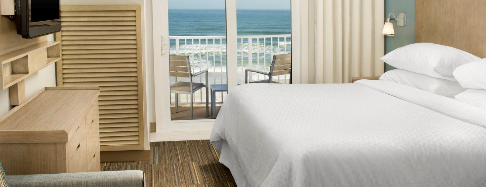 Jacksonville Beach Accommodations - Accessible Suite